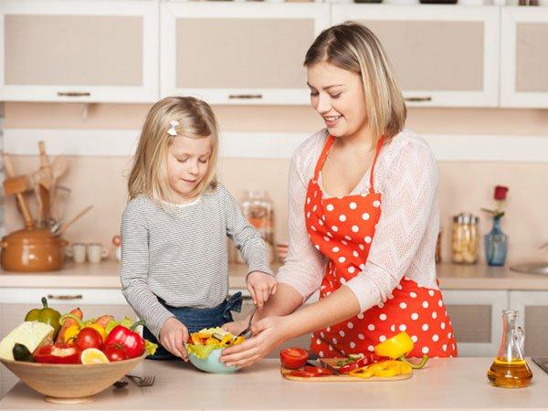 Tips Membantu Anak Tumbuh Tinggi dan Cerdas