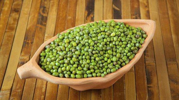 7 Manfaat Kacang Hijau untuk Ibu Menyusui