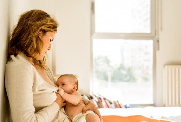 Penting! Ini 6 Pantangan Ibu Menyusui yang Wajib Moms Ketahui